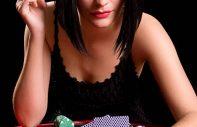 Anda sekarang dapat Memiliki Pelajaran Poker yang Mudah dan Cepat Tanpa Meninggalkan Rumah Anda